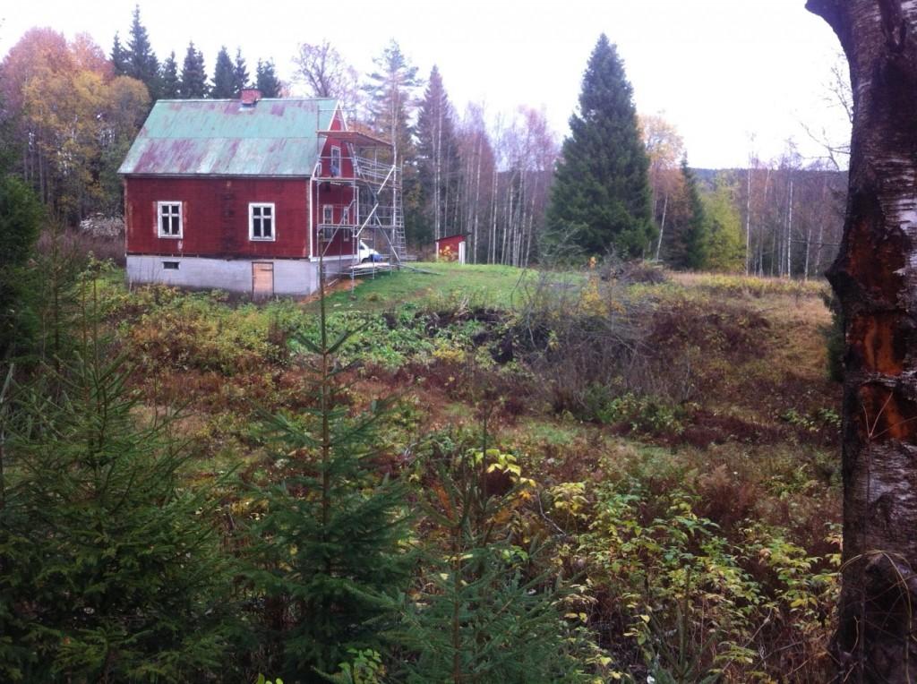 2014-10-12 Hus set fra vest